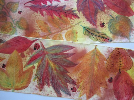 Leaves with Thickened Dyes